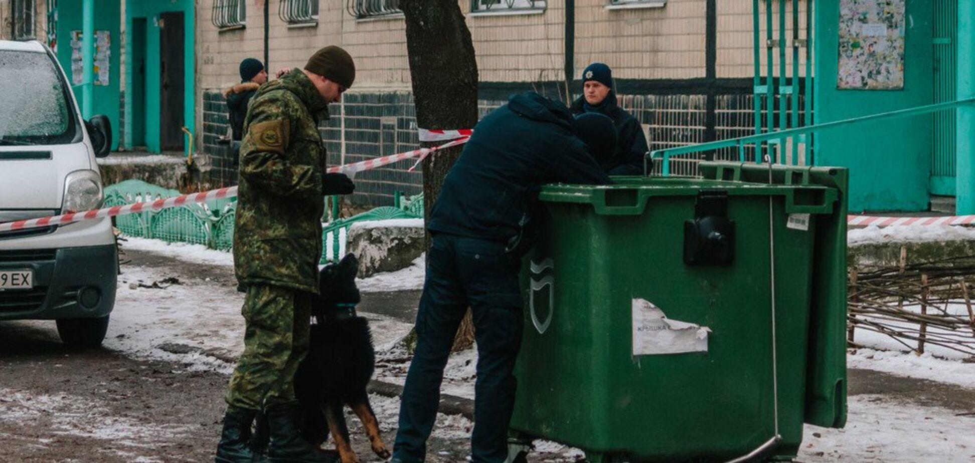 Полуобнаженную сложили в чемодан: в Днепре в мусорном баке нашли труп девушки. Фото и видео 18+