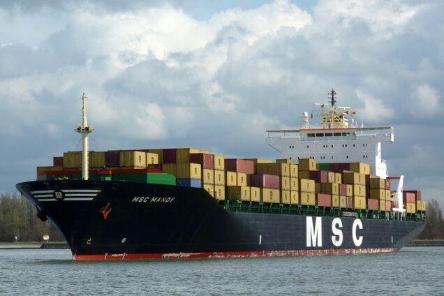 В Африке пираты напали на корабль с украинцами: что известно