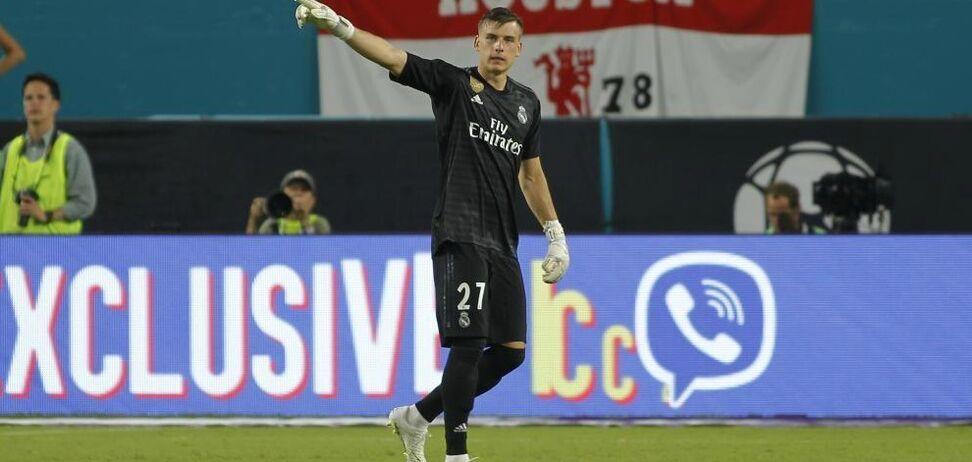 В карьере вратаря сборной Украины возник неожиданный поворот