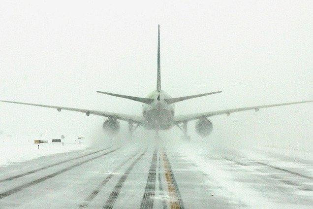 Не смог приземлиться: стало известно о ЧП в аэропорту Николаева
