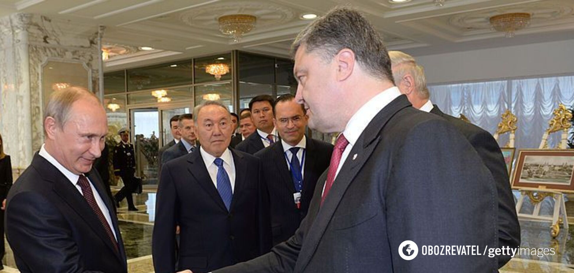 'Чим я можу тобі допомогти?' Розсекречені переговори Порошенка і Путіна щодо Донбасу