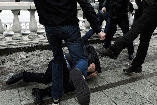 В Днепре охранники жестоко избили мужчину