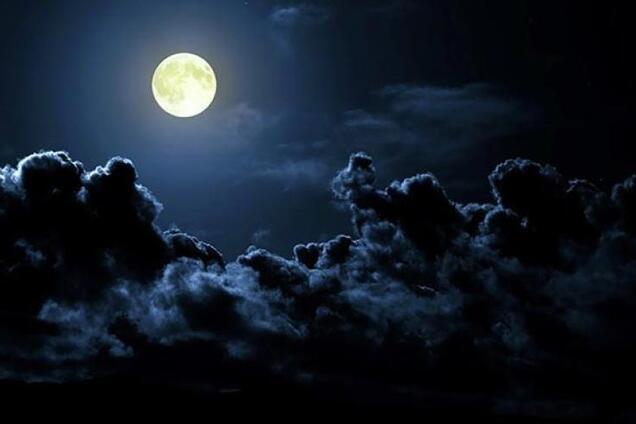 Повний місяць у жовтні 2019 року збігається зі святом Покрови