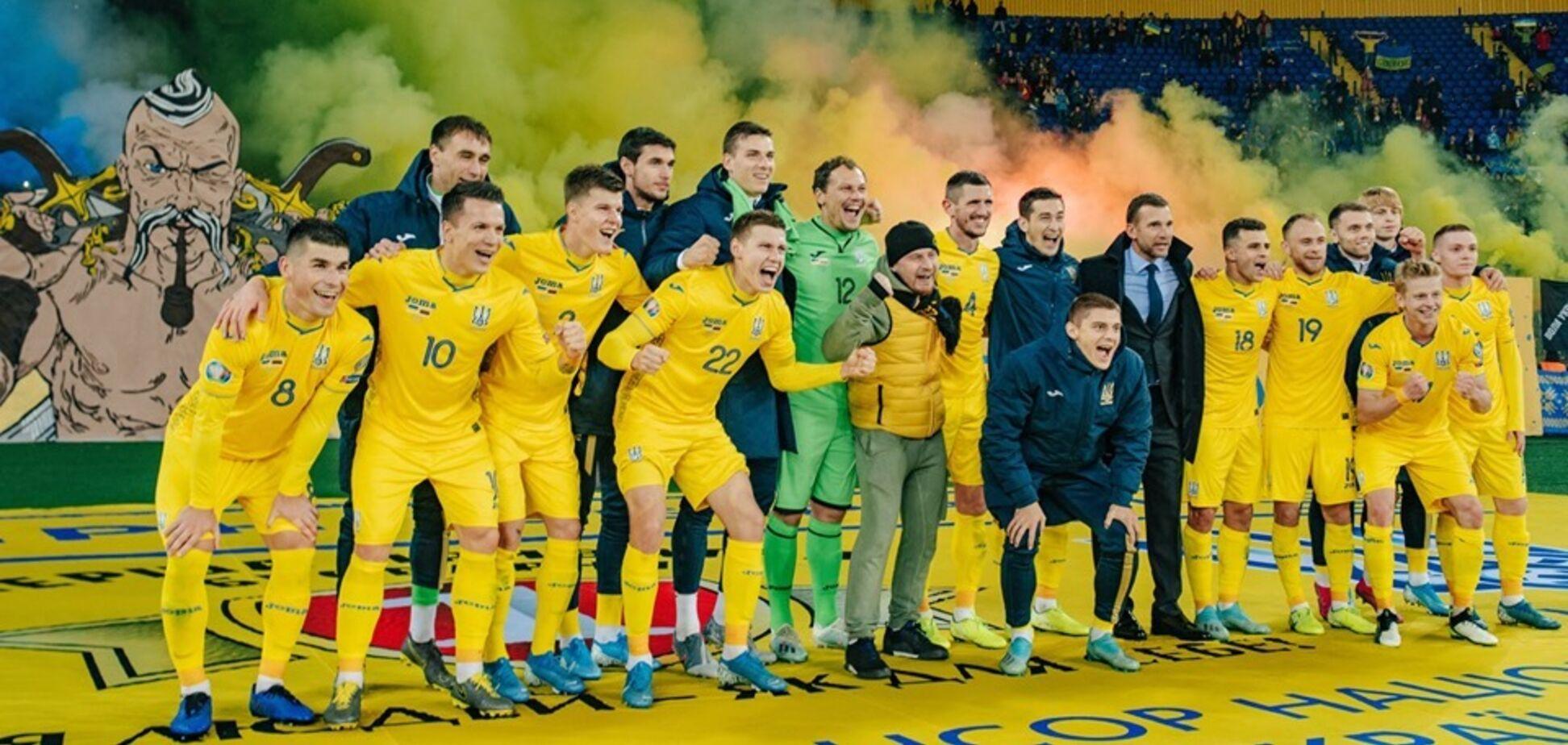 'Шева! Шева!' Переполненный стадион устроил овации тренеру сборной Украины - впечатляющее видео