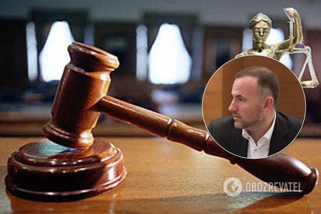 Одіозний олігарх Павло Фукс купив компанію, де зберігалися кошти, які визнали вкраденими колишнім президентом Віктором Януковичем