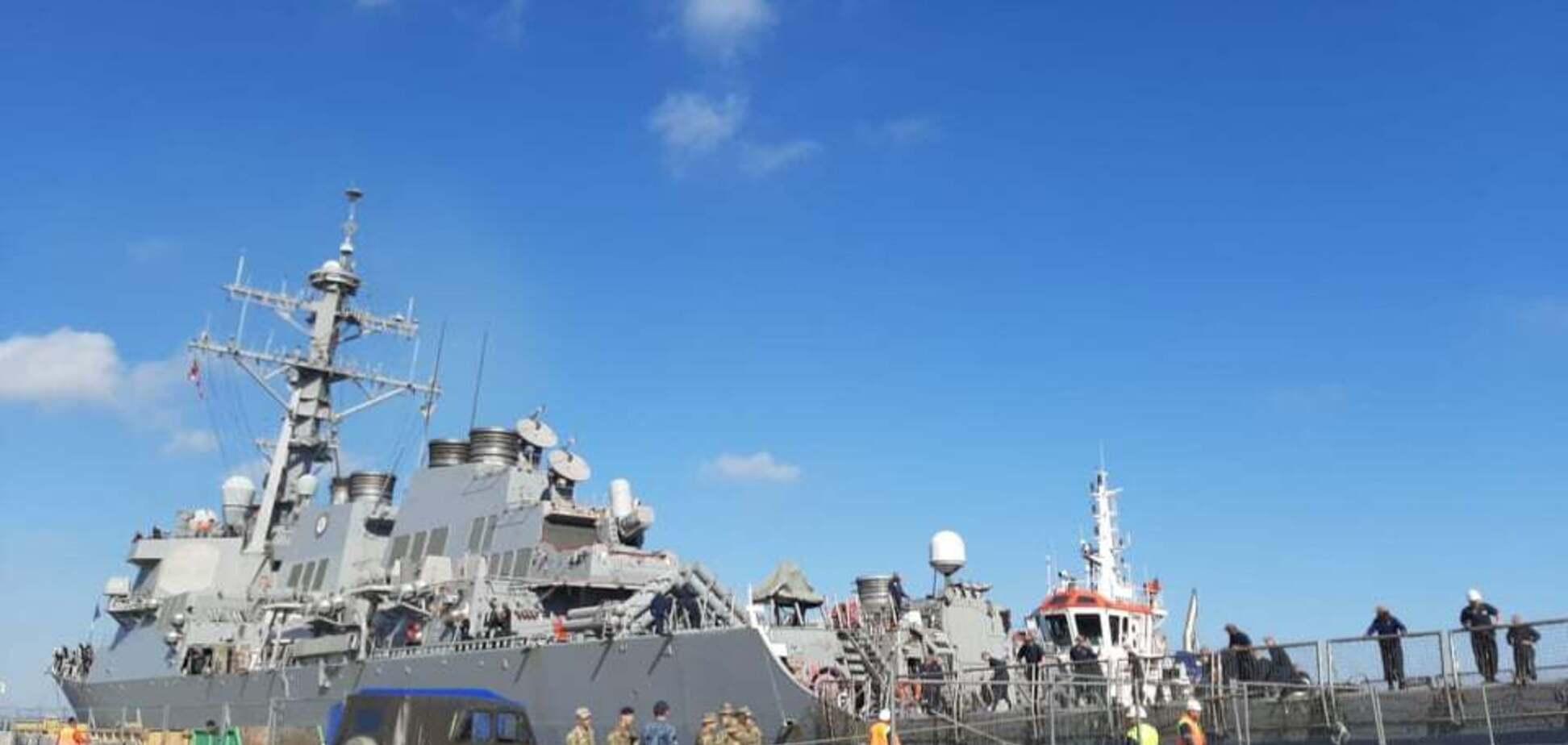 Есмінець США дістався Одеси: перші фото судна з ракетами