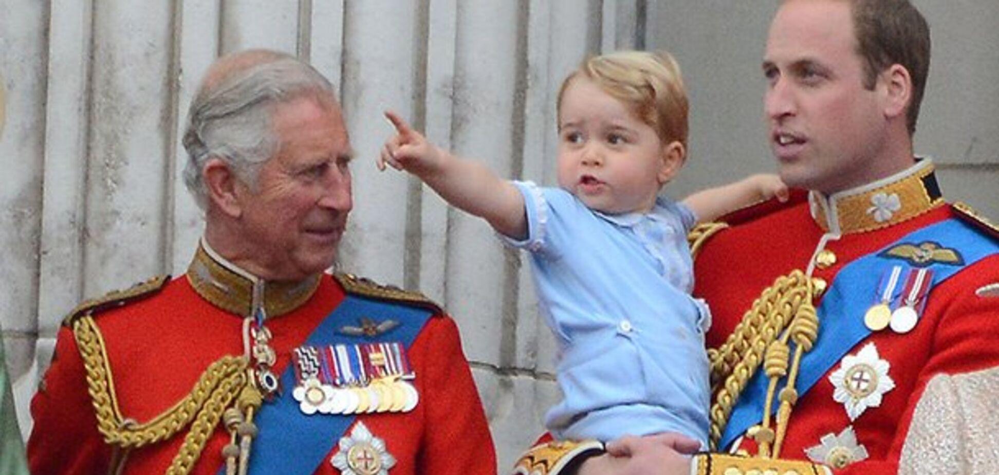 'Ведет себя, как королева!' Миддлтон запретила принцу Чарльзу видеться с внуком