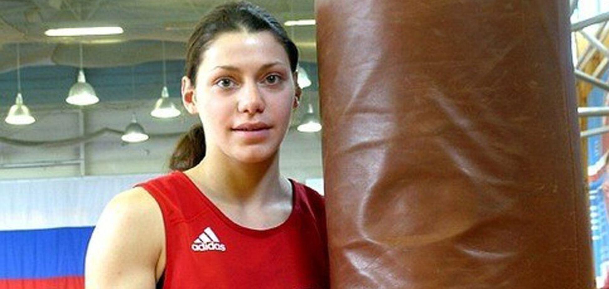 Погрожував вбивством: в Росії побили чемпіонку світу з боксу