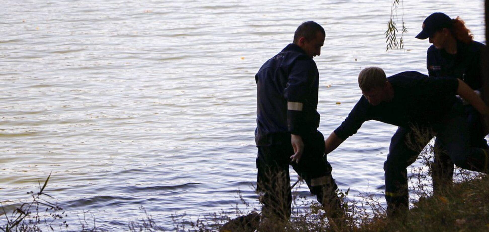 В Киеве в озере обнаружили труп