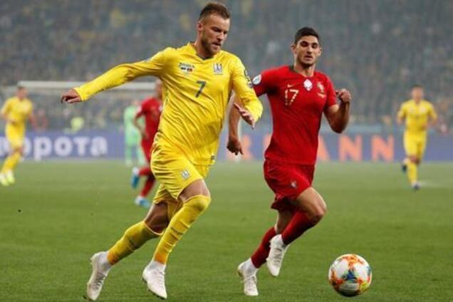 Андрей Ярмоленко в матче с Португалией