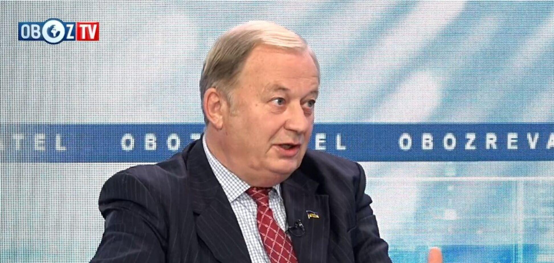 Заявление министра иностранных дел обвалило рейтинг ''команды Зе'': военный дипломат