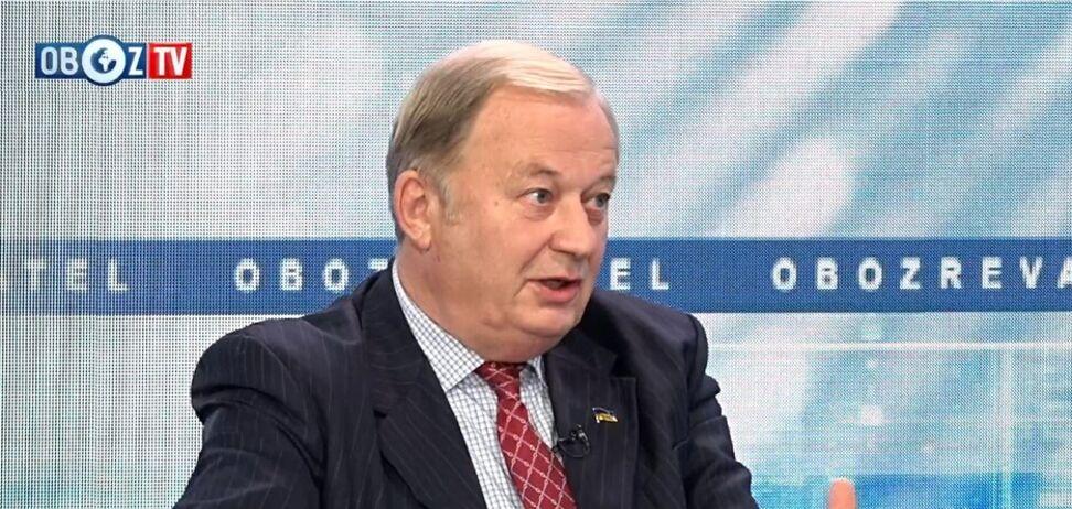 Заява міністра закордонних справ провалила рейтинг ''команди Зе'': військовий дипломат