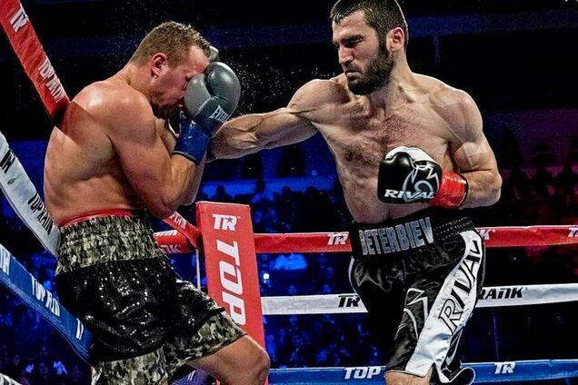Артур Бетербиев провел 14 боев в профессиональной карьере, выиграв все нокаутами