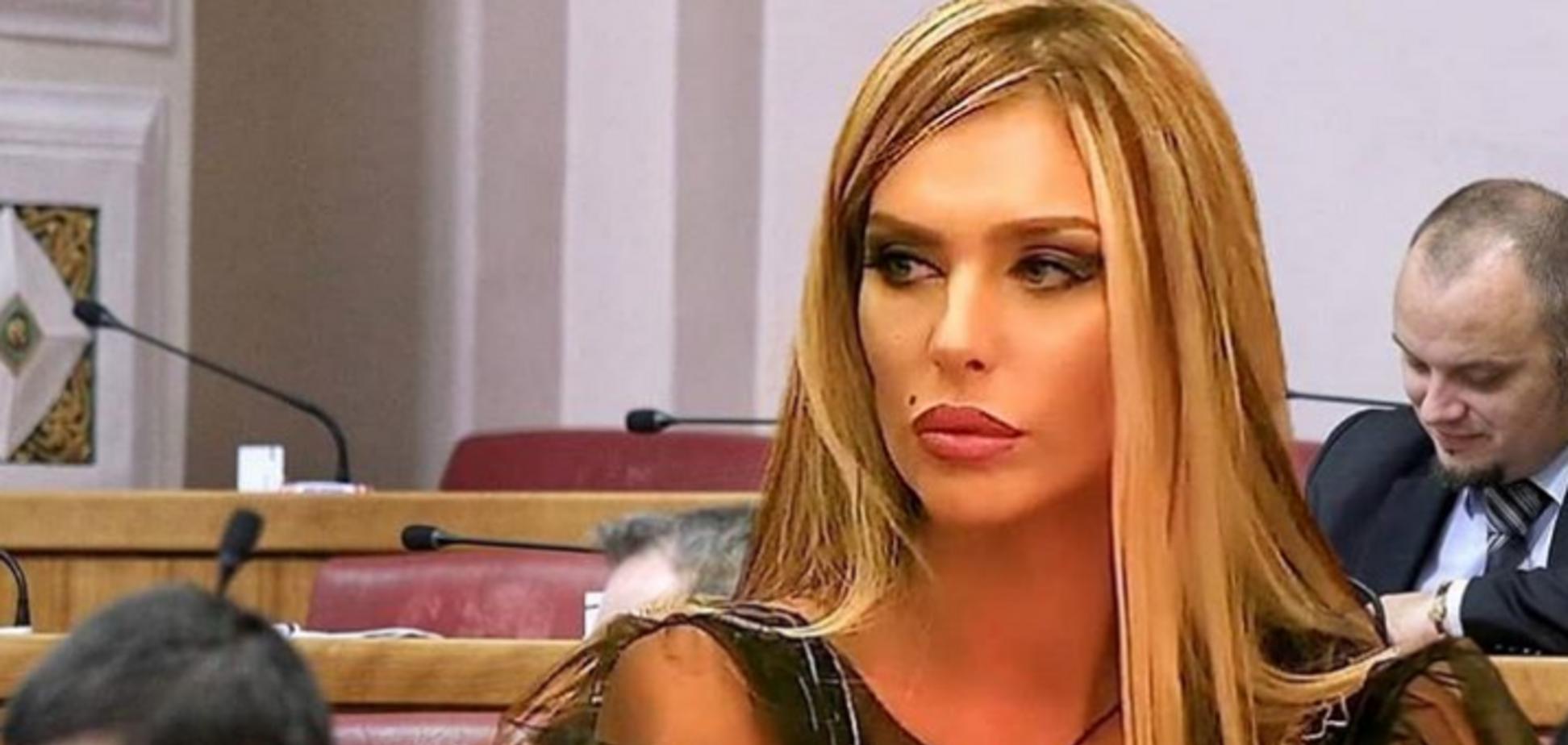 Звезда Playboy идет в президенты Хорватии: самые горячие фото красавицы