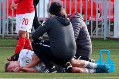 Футболіст 'Рубіна' після матчу втратив 2 літри крові і потрапив в реанімацію
