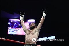 'Мав хтось піти': Бетербієв подякував Україні після перемоги над Гвоздиком