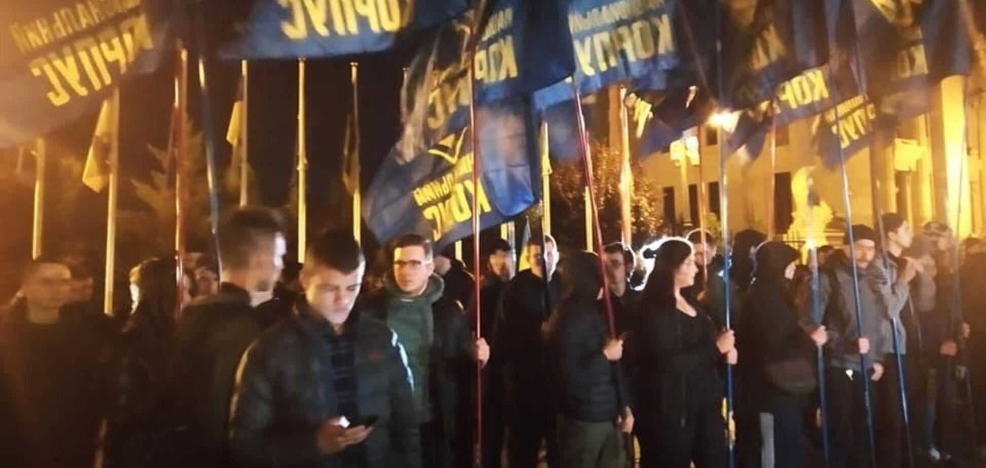 'Украина потеряет независимость!' В 'Правом секторе' пояснили цель протеста под ОП