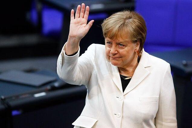Меркель різко виступила проти Росії