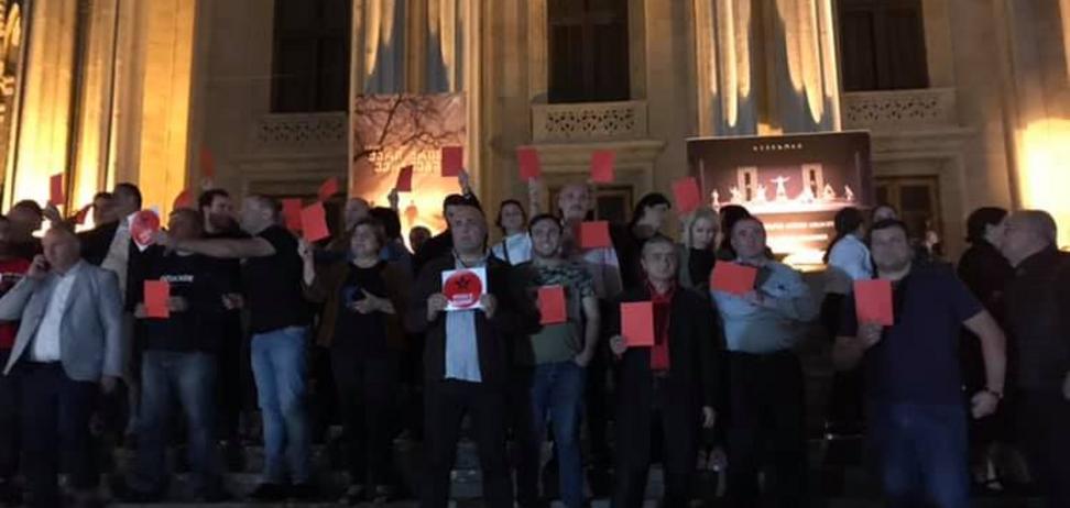 'Оккупанты!' Российским актерам устроили 'теплый' прием в Грузии