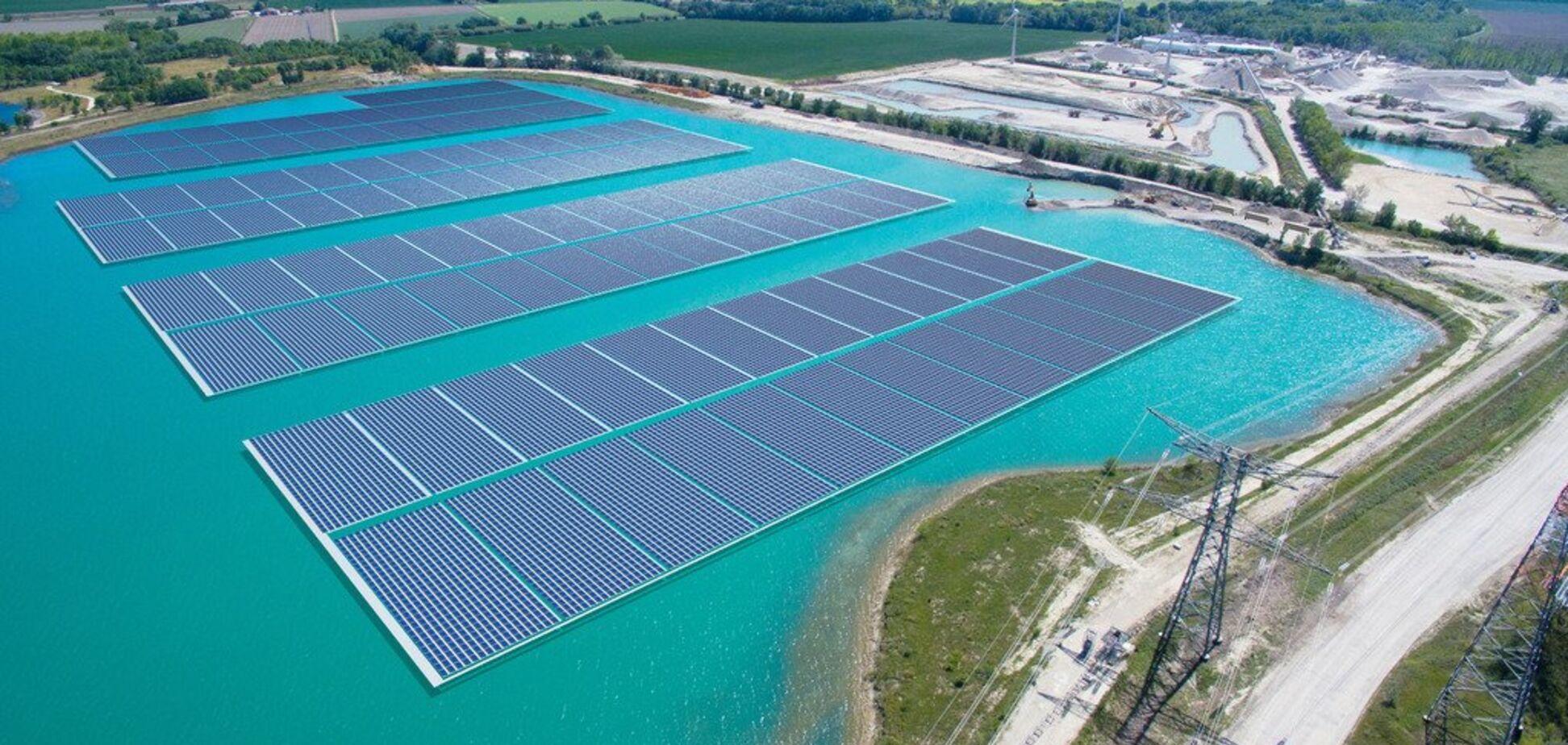 Плавучий електрогенератор: в Європі відкрилася незвичайна сонячна електростанція: відео