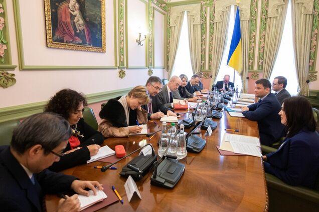 Богдан без Зеленского провел переговоры с G7