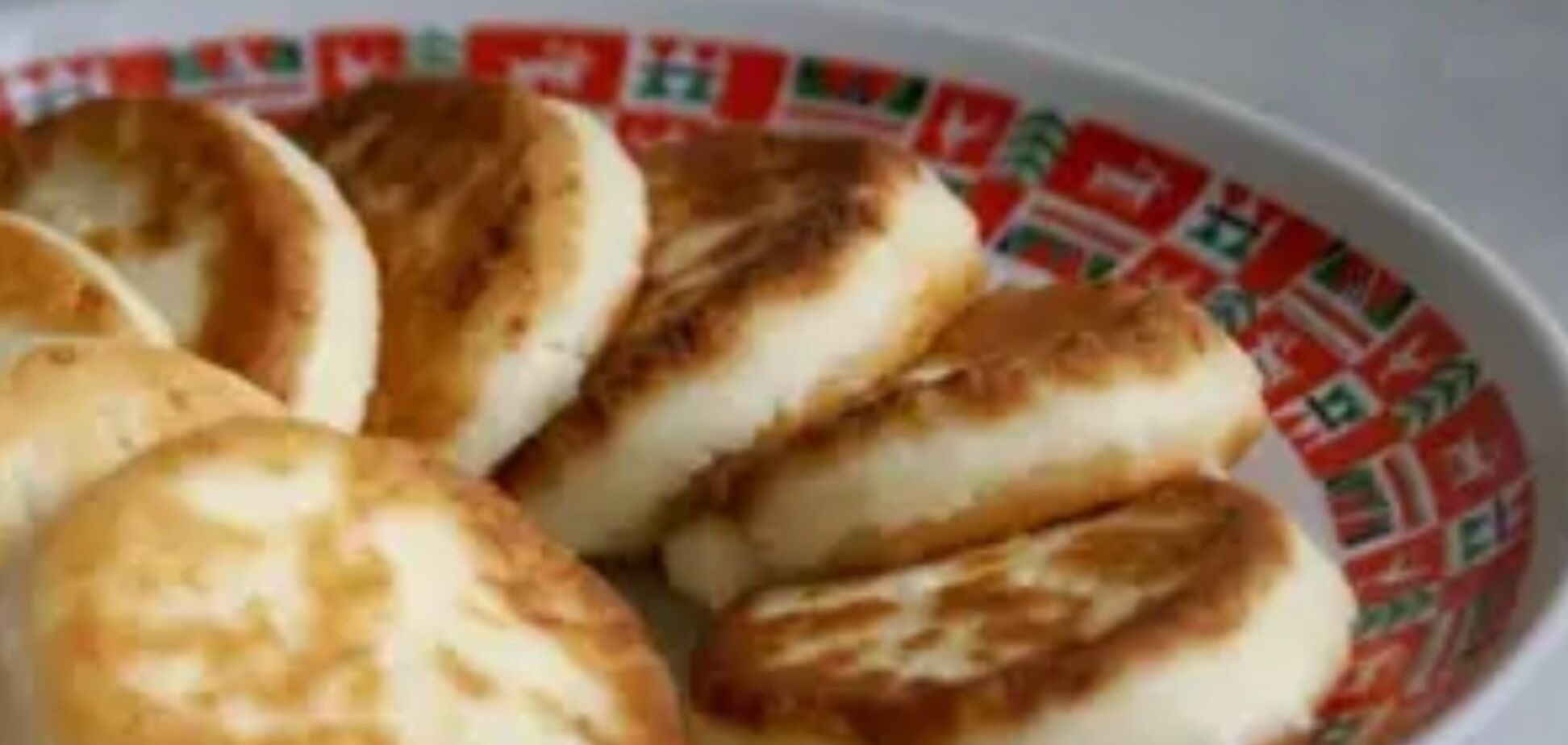 Рецепт приготування смачних сирників на сухій сковороді