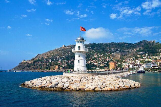 Россиянка умерла на курорте в Турции после развлечений