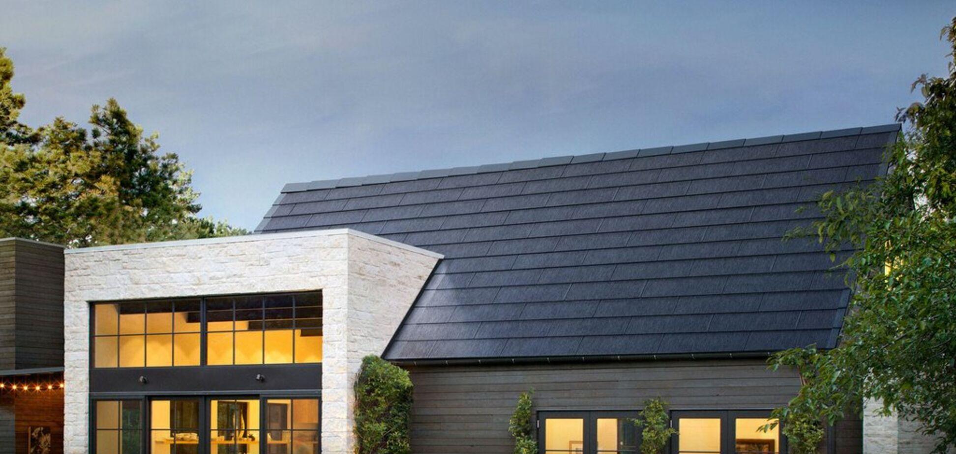 Заработать больше при меньших затратах: Tesla выпустила новую 'солнечную крышу' Solarglass Roof