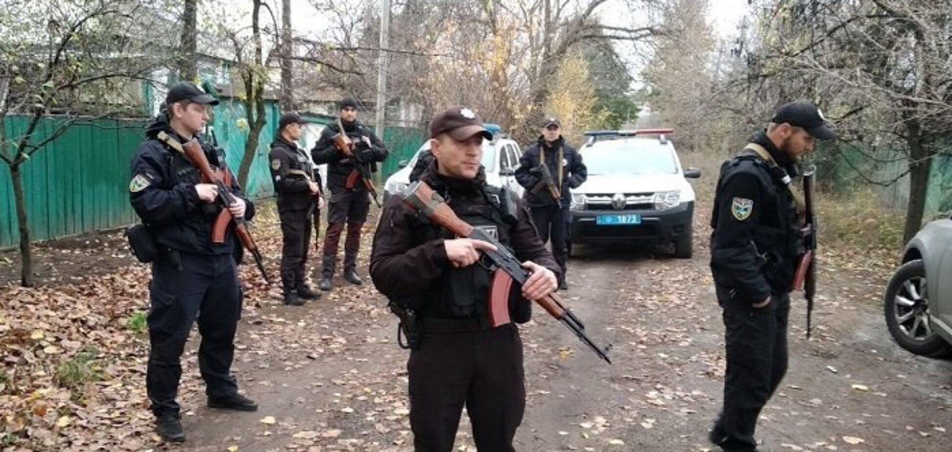 В Золоте до бійців 'Нацкорпусу' нагрянула поліція: що відомо
