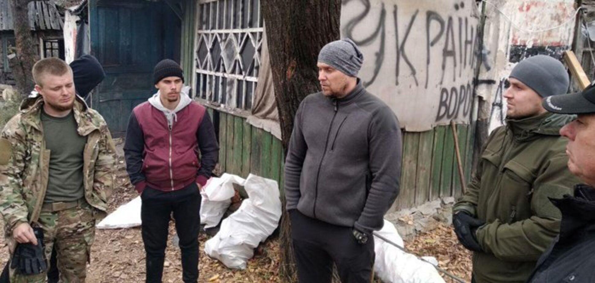 Нацполиция нагрянула к 'Азову' в Золотом: появились новые подробности