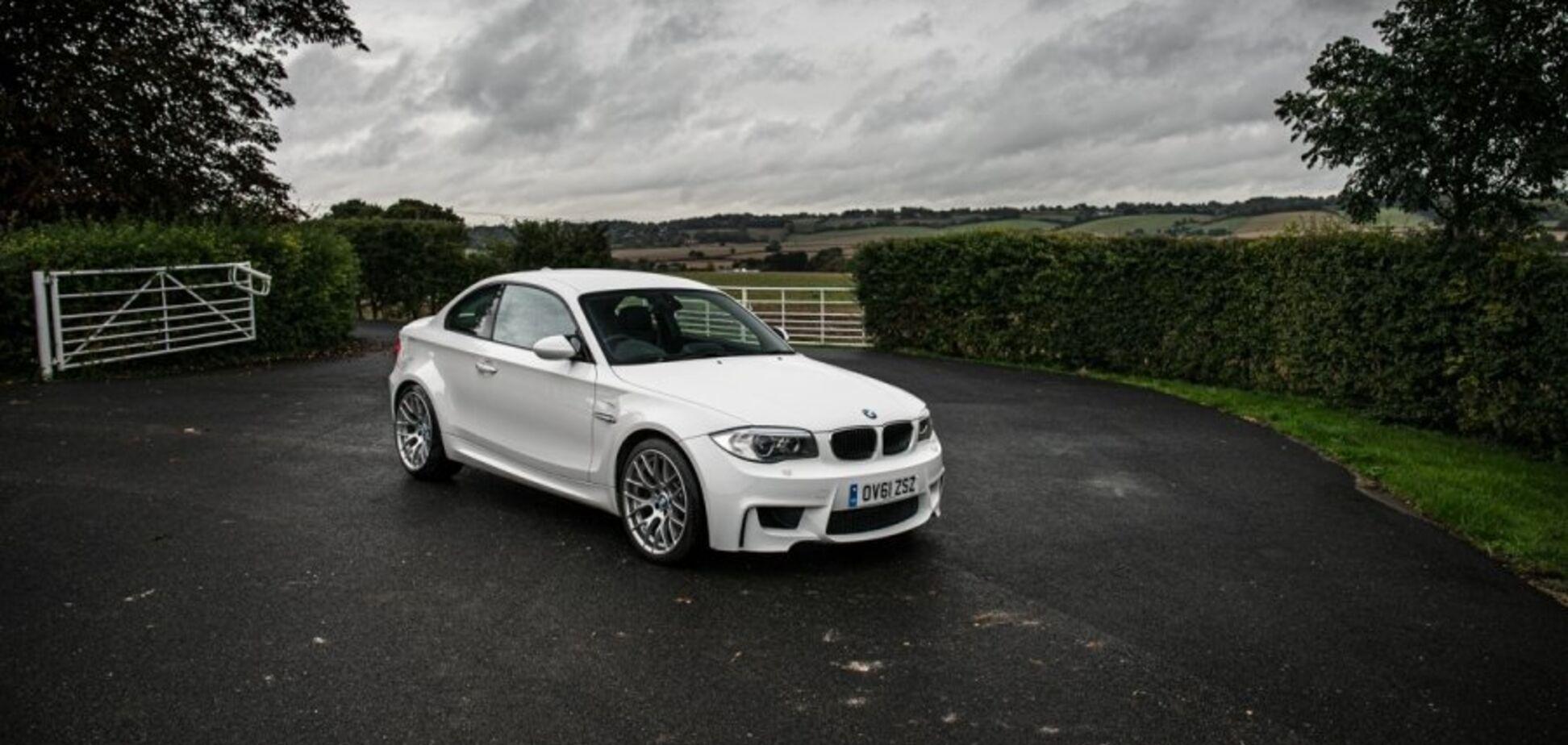 Солист Jamiroquai выставил на торги BMW из своей коллекции