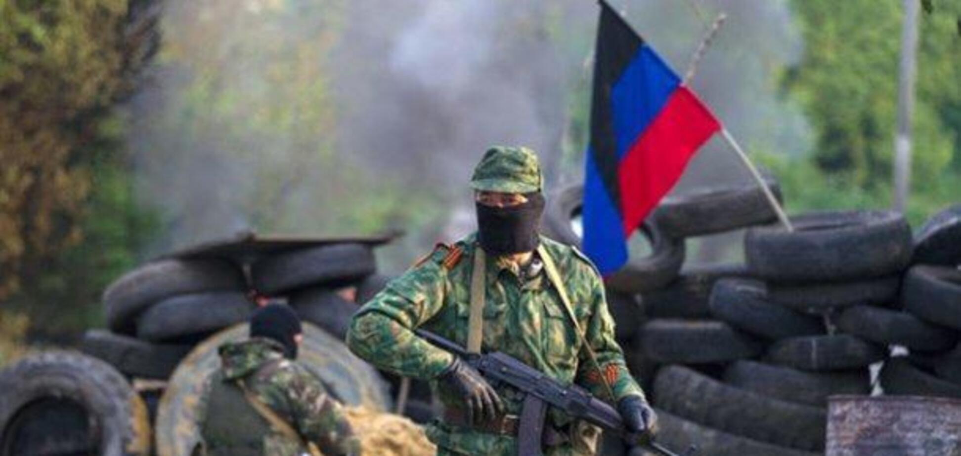 В 'ДНР' подорвались два авто с террористами