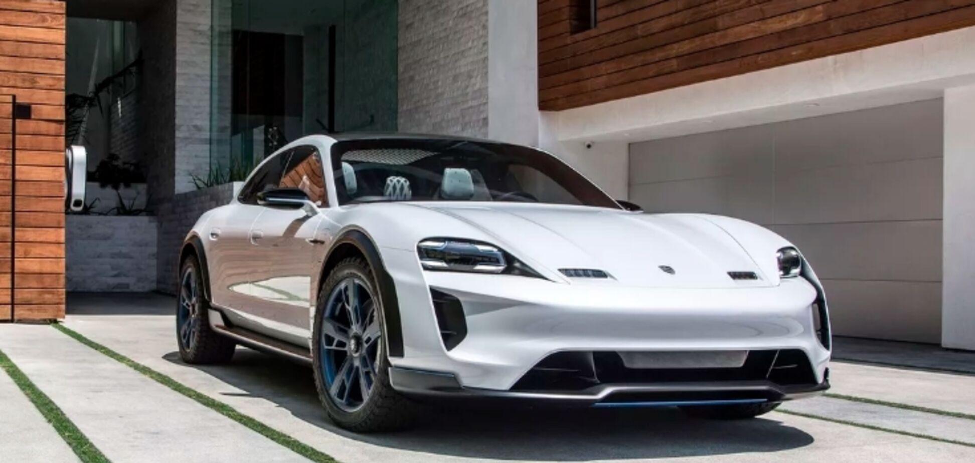 Тайные испытания конкурента Tesla от Porsche попали на видео