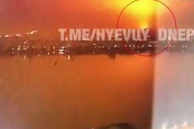 "Момент взрыва на заводе ""Потоки"" в Днепре"