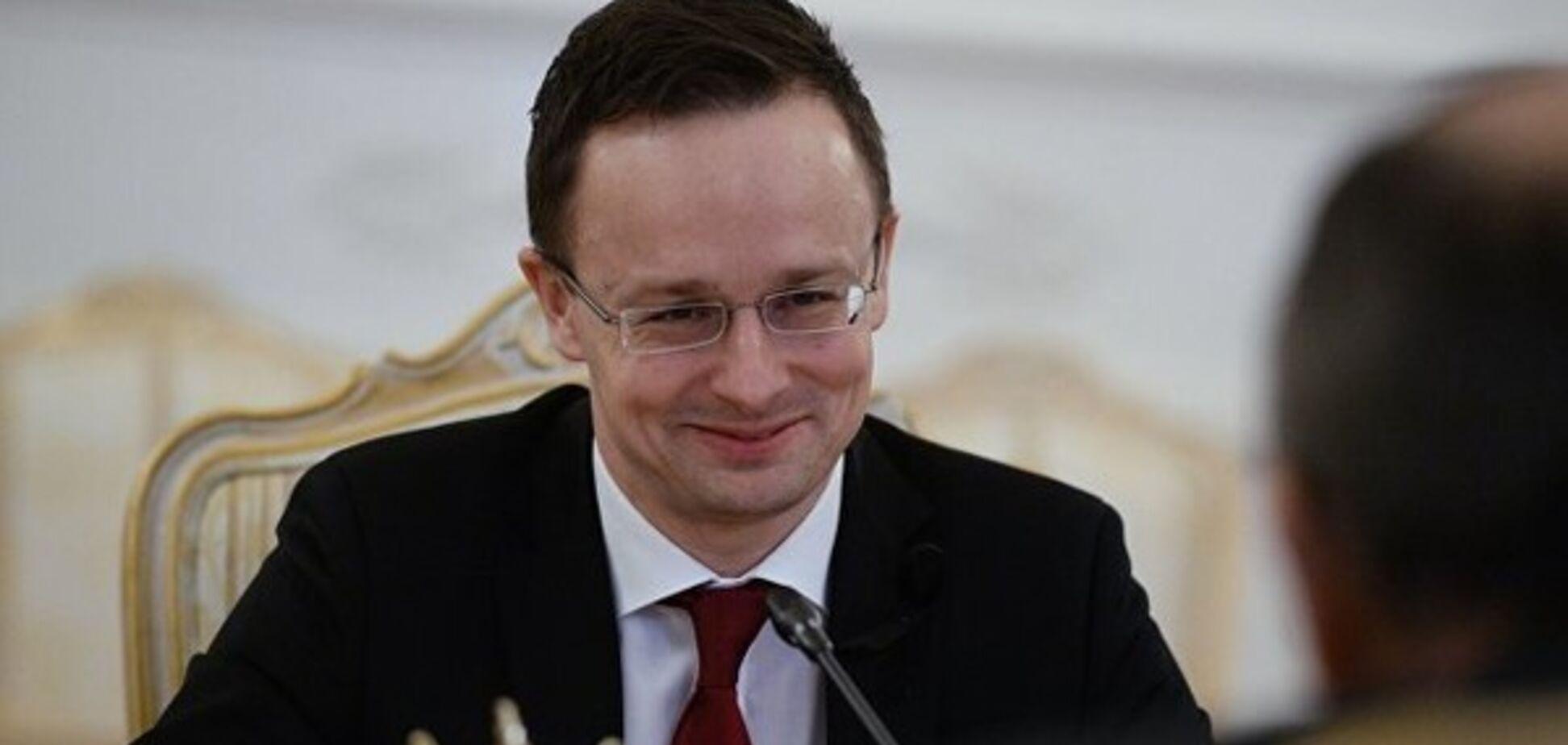 Завзятий критик України в ЄС зібрався на парад до Путіна