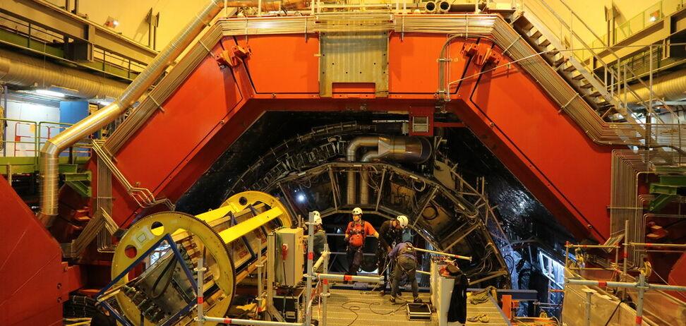 Українка побувала в серці Адронного коллайдера: есклюзивний репортаж