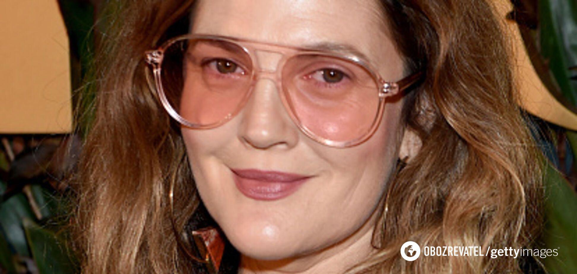 Відрослий манікюр і зім'ята сукня: голлівудська зірка осоромилася на червоній доріжці