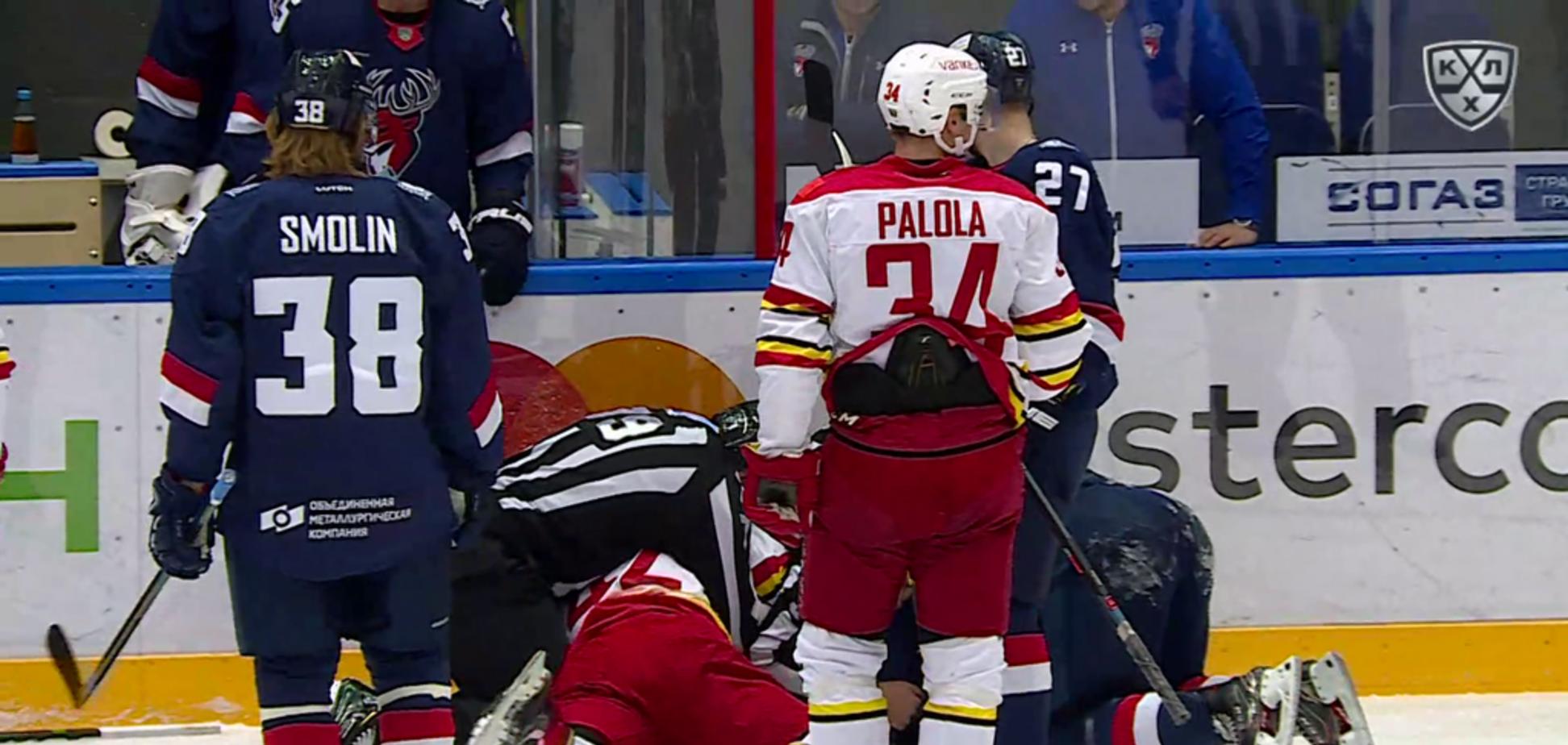 Канадец за минуту отправил в нокдаун двух российских хоккеистов