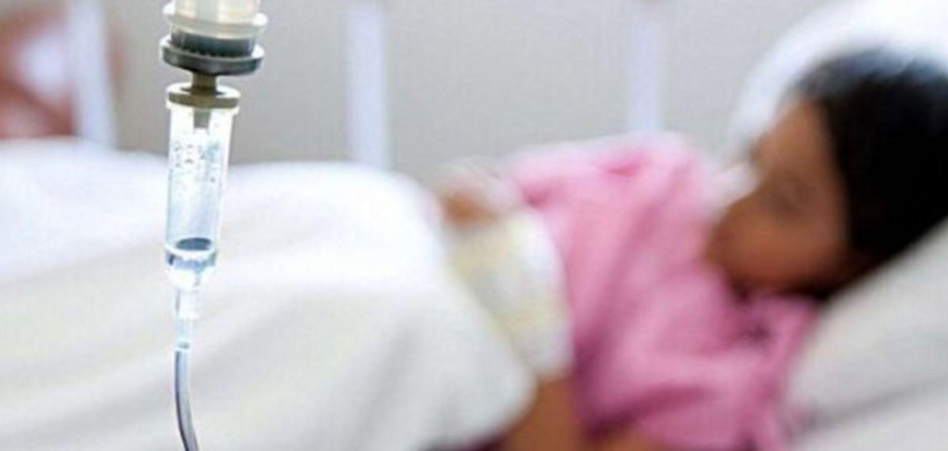 Під Чернівцями трапилося масове отруєння: в лікарні 72 людини
