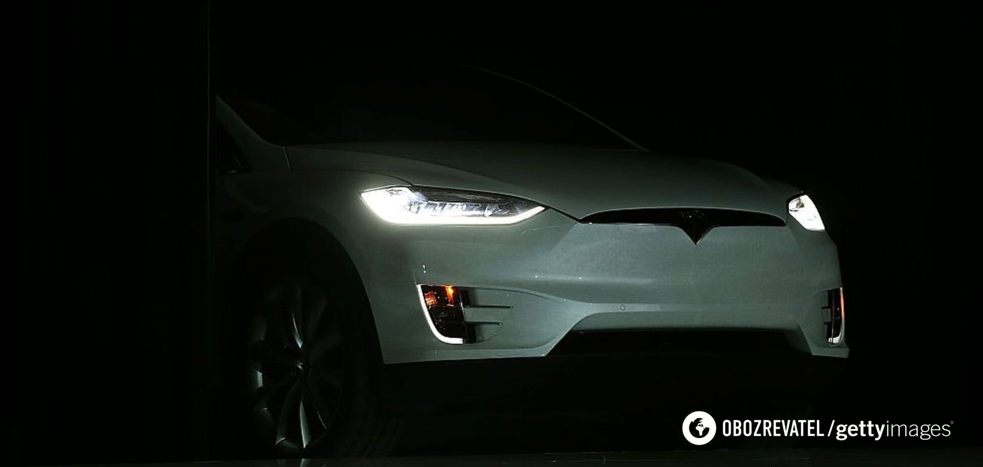 Владельцы Tesla ездят на волосок от смерти: обнаружен критический дефект