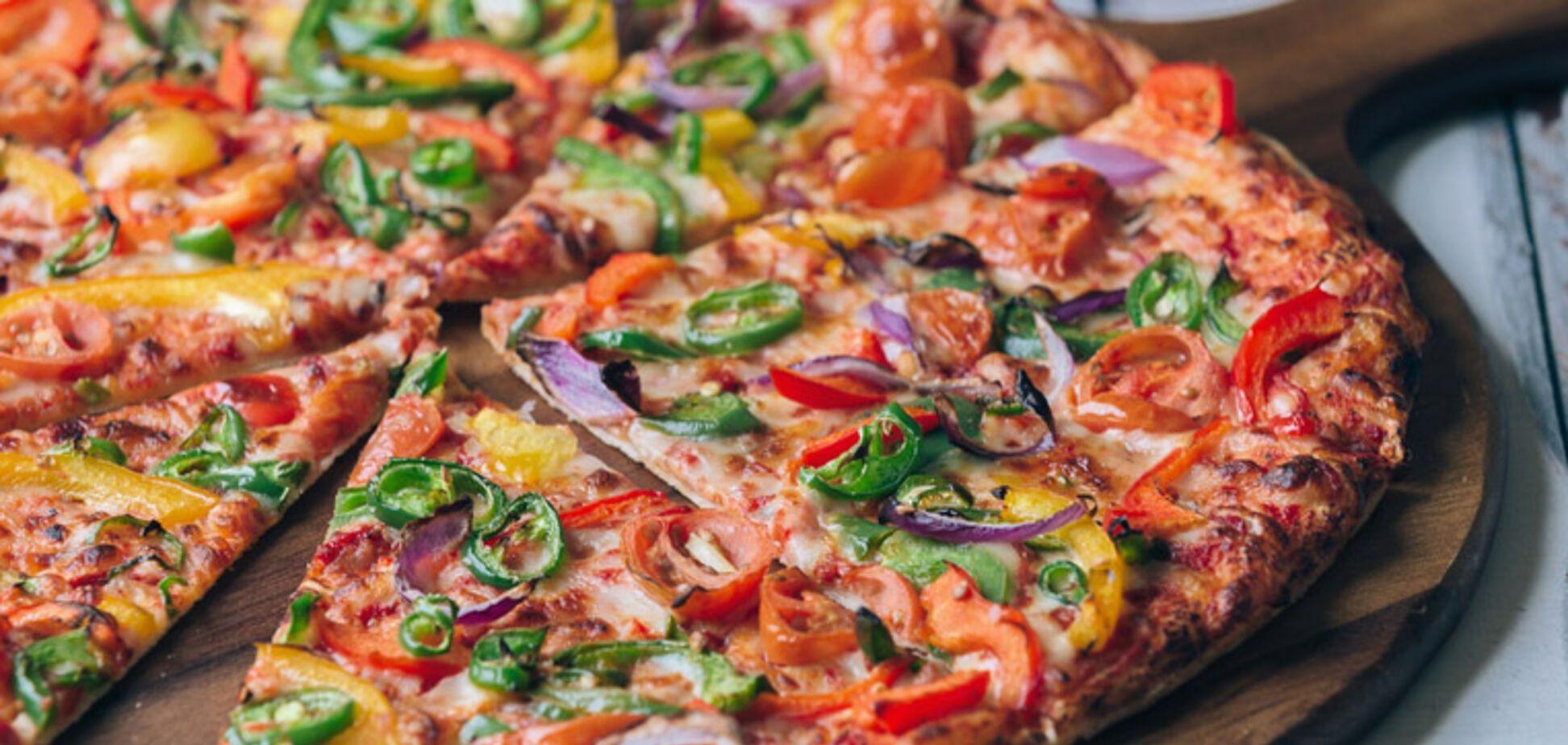 Рецепт неймовірно смачного тіста для піци без дріжджів