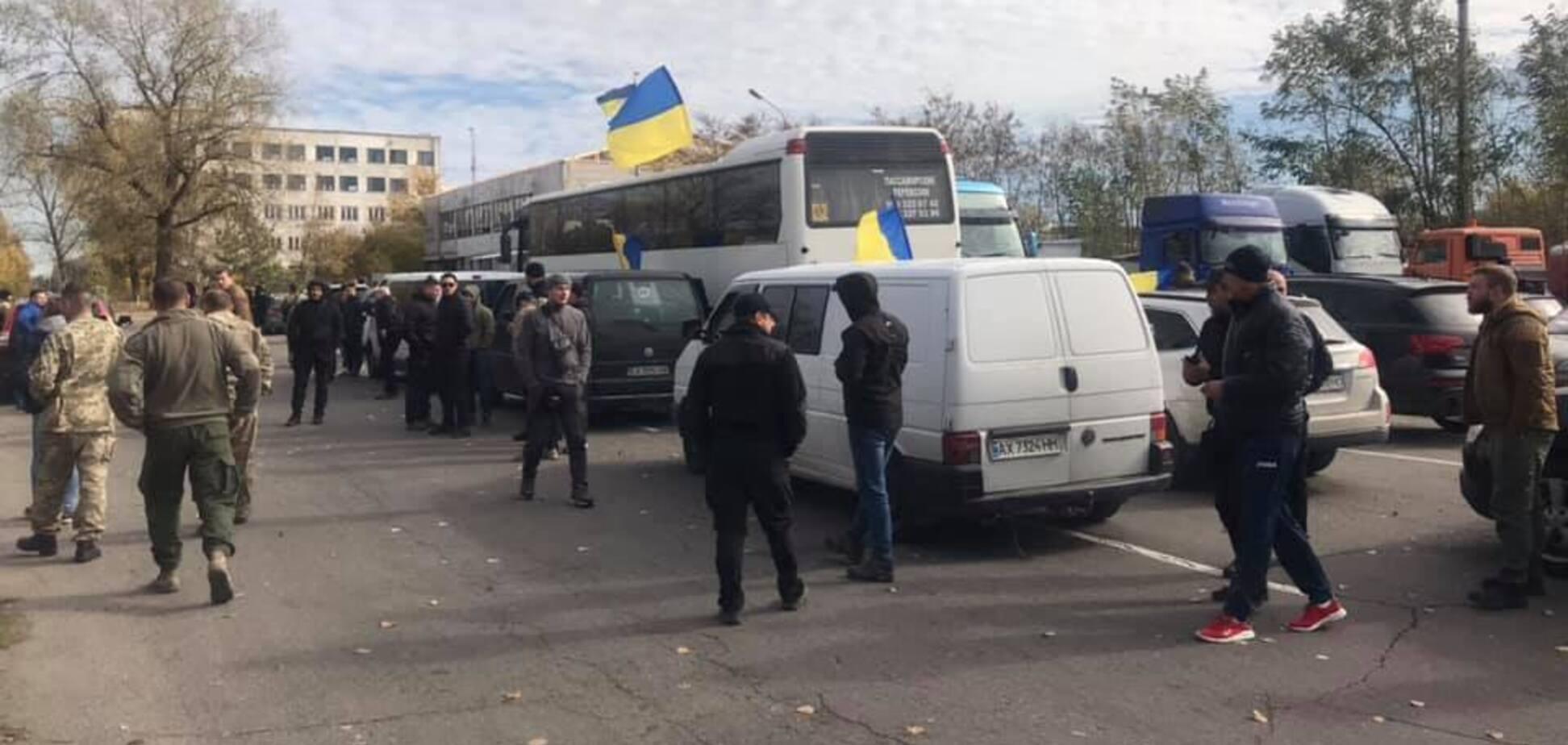 'Була стрілянина': в Нацкорпусі повідомили подробиці затримання ветеранів біля Золотого