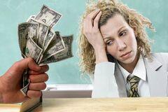 'Як раб на галері! Срам!' Зарплата вчителів викликала обурення в мережі