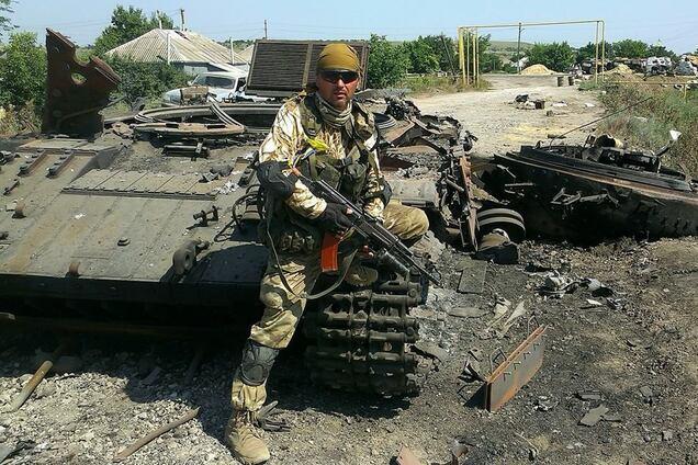 Игорь Лапин в районе Луганского аэропорта в июле 2014 года