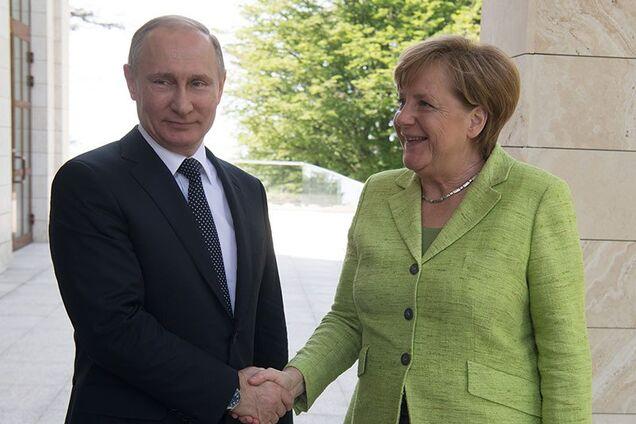 Раскрыта договоренность Путина и Меркель по Донбассу