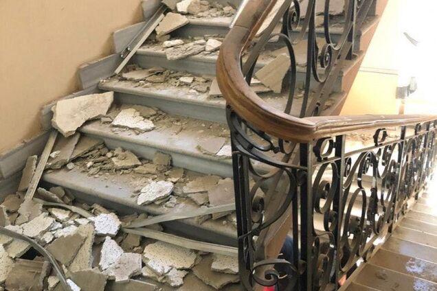 В Одесском областном управлении полиции обвалился потолок – есть пострадавшие