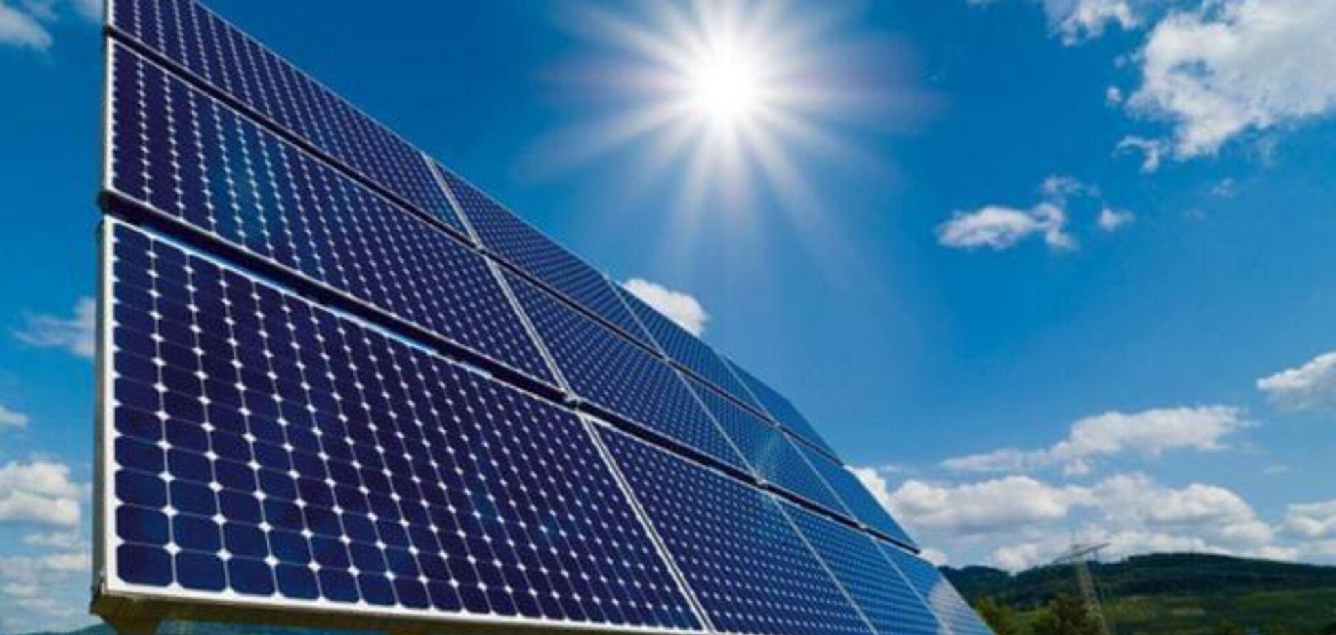 Радіоактивні і притягують блискавки? Розвінчано 5 міфів сонячної енергетики