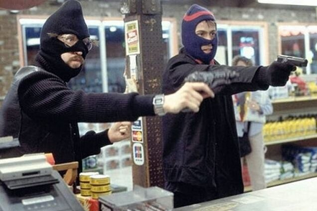 У Дніпрі сталося зухвале пограбування на АЗС