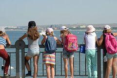 Школьники будут путешествовать по Украине бесплатно: правительство сделало первый шаг