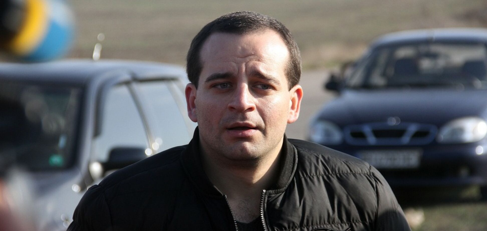 Одесский Ван Дамм: каскадер проехал на авто, стоя на руках. Фото и видео